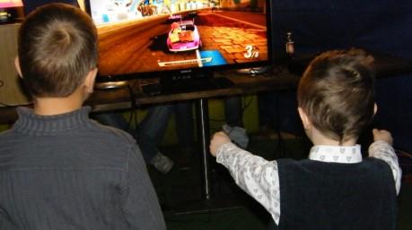 Centrum e-sportów - promocyjny punkt gier konsolowych